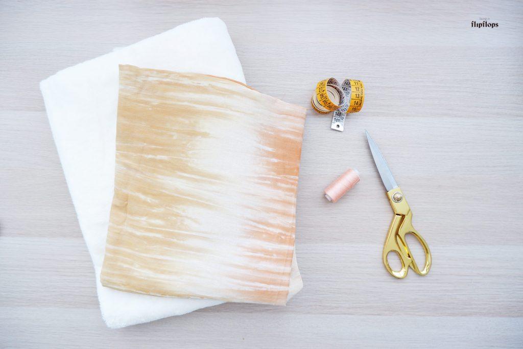 materiales para coser una toalla de playa